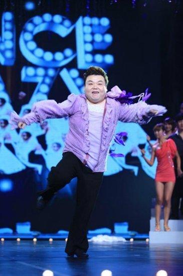 刘刚《舞林》上演修女也疯狂 被评最具娱乐价值