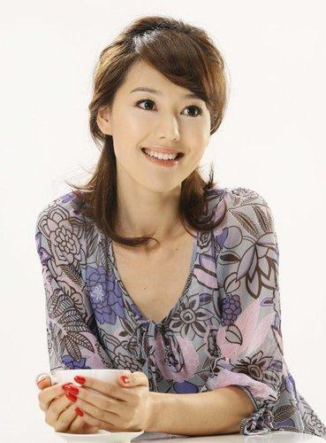 《中国达人秀》主持人人选--王冠资料图片
