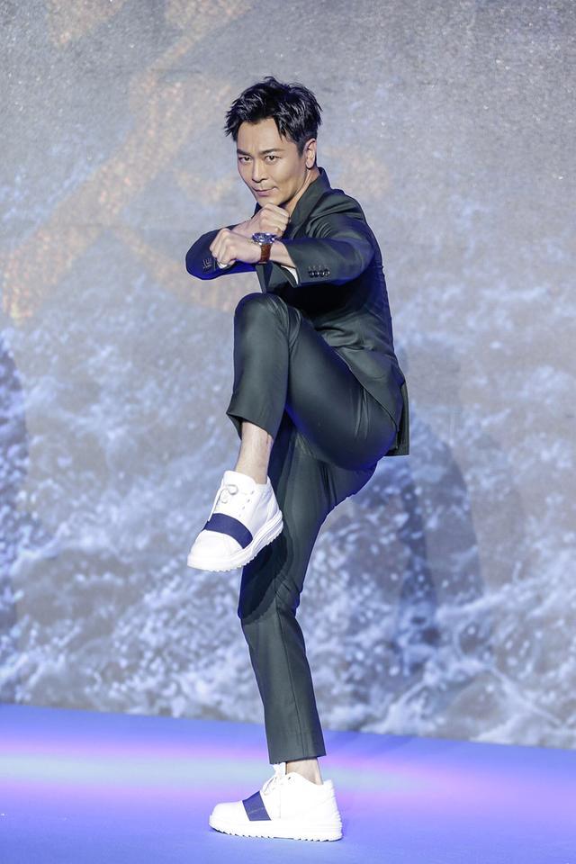吴樾亮相上影节 《贪狼》《狂兽》《建军》齐发