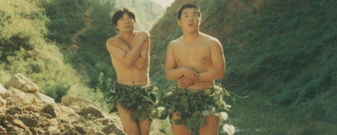 """陈佩斯在电影《少爷的磨难》中的表演被批""""太低俗""""。"""
