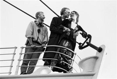 《泰坦尼克号》3D版国内起航 两天直逼1.4亿元