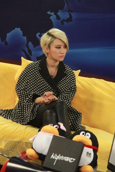 尚雯婕携新专辑做客腾讯 称自己越颓废越开心