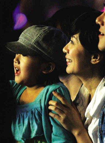 贾静雯争女有望和解:监护权给男方 女儿留上海