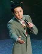 蔡国庆唱响《感动中国》