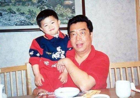 李双江之子李天一被曝涉嫌轮奸 确认已被刑拘