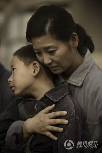 《唐山大地震》零意见过审 审片员现场数度落泪