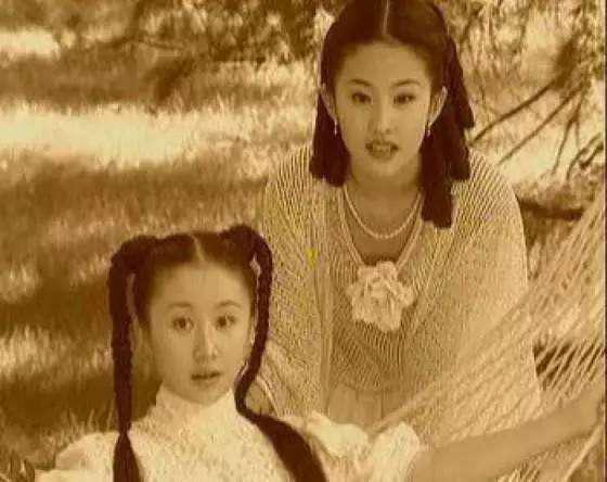 """从张靓颖曾轶可到欧弟老婆,刘亦菲""""后宫团""""画风太清奇"""