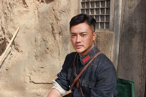"""《千里雷声》热拍 刘晓虎诠释角色很""""坑爹"""""""