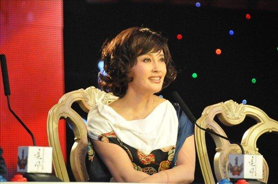刘晓庆写新书教人做美丽女人 微博听众超500万图片