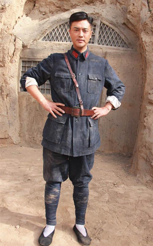 刘晓虎联手《亮剑》导演 打磨演绎《千里雷声》