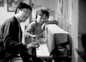 《钢的琴》昨日亮相上海  上映日期仍不确定
