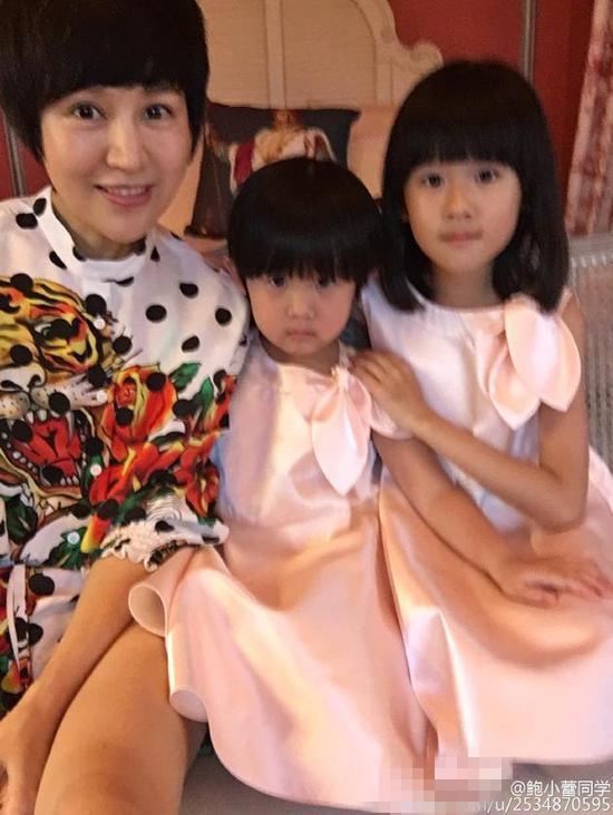"""陆毅鲍蕾结婚10周年 母女三人甜蜜说""""爱你"""""""
