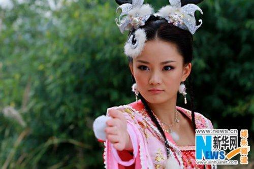 《美女济公3》打活佛牌打造暑期最养眼电视剧性感美女亚洲图片