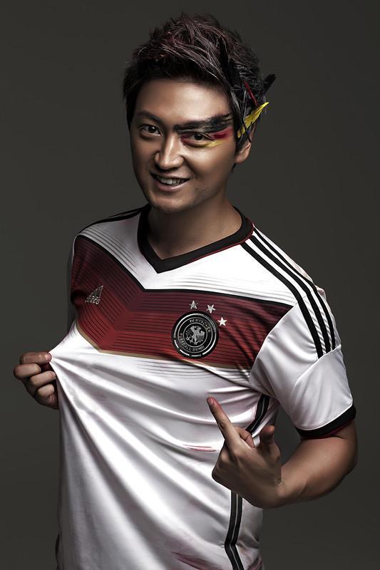 多亮力挺德国队 邀国外音乐人打造《燃烧的梦》