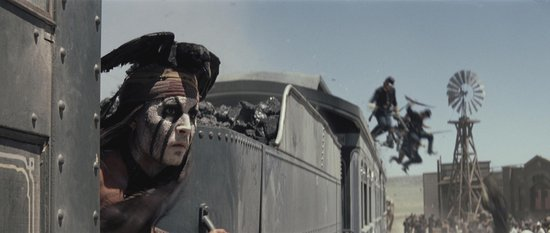 《独行侠》中文预告 《加勒比海盗》搭档再出击