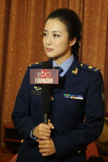 李依晓出席国剧盛典 《三国》静姝军装亮相