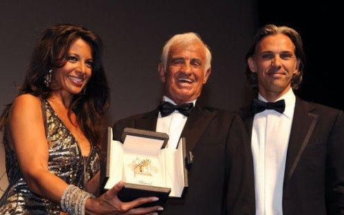 "paulbelmondo)被戛纳电影节授予""金棕榈""荣誉大奖,以表彰他对虫v荣誉影在线观看图片"