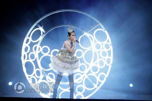 萧亚轩世界巡演上海站开票 12月登世博文化中心