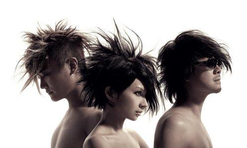 F.I.R.世界巡演正式开跑 三人突破尺度半裸入镜