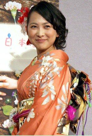 谷村美月《恋爱日本语》试映会 欲充实私人生活