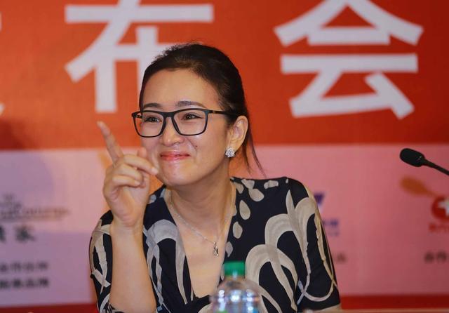 上海日记①太忙了!领导出台,主持人兼职翻译