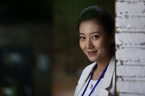 """《二胎》热播 高露蒋欣上演职场""""甄嬛传"""""""