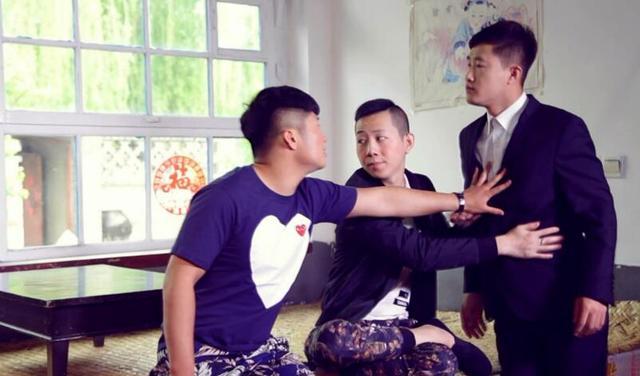 王小源,白小白携手打造《超能废物》爆笑来袭