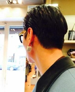 张亮戴锁形耳环引爆笑:名副其实的张振锁
