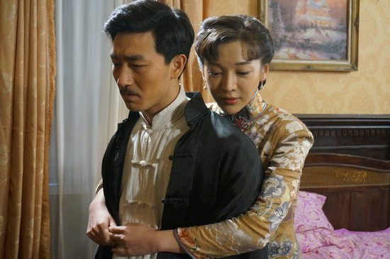 《新燕子李三》矛盾激化 刘峰超遭暗算染毒瘾