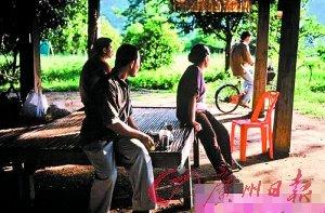泰国电影爆冷获金棕榈 晚会现场气氛心平气和