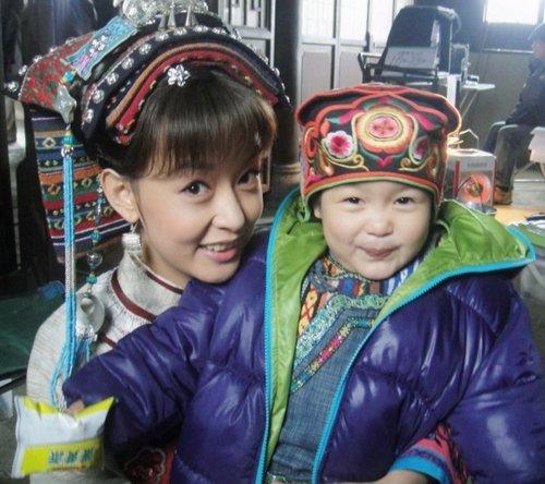 """《奢香夫人》豪华制作 周奇奇变身""""彝族公主"""""""