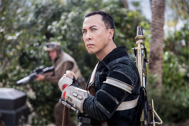 姜文、甄子丹在《侠盗一号:星球大战外传》中的造型