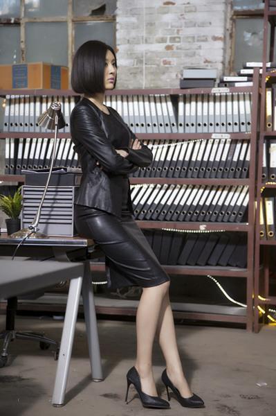《暗黑者》尺度全开 甘露饰女警探极致诱惑