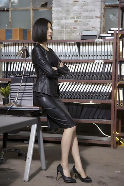 《暗黑者》点击千万 网友喊话甘露:请为我治疗