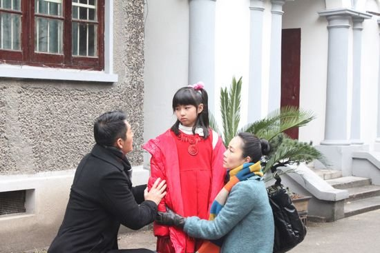 """《幸福绽放》上海热拍 张子枫再饰""""心疼女孩"""""""