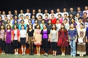 """""""我爱我唱""""在北京西城 指导老师不让看歌词"""