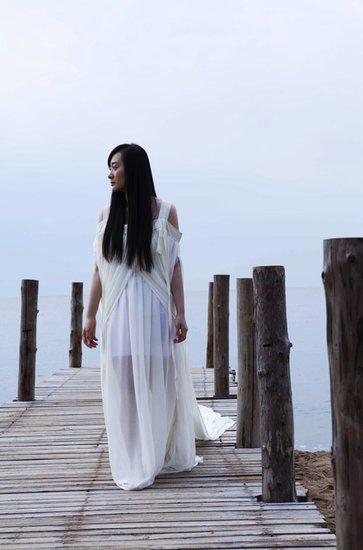 《步步惊心》片尾曲首播 严艺丹打造疤痕体情歌