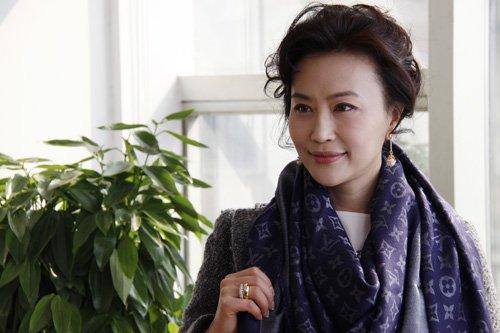 《宝贝计划》后期近尾声 乔红饰演前卫丁克女