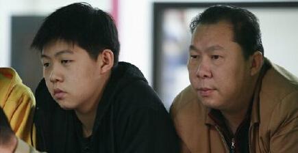 豪车相撞肇事者唐某父亲被曝是演员 曾演电视剧
