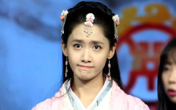 林允儿人气暴增感谢中国粉丝 考虑加盟《我想和你唱》