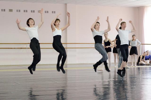 中班幼儿现代舞蹈