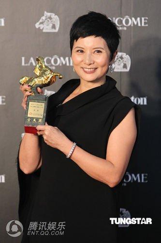 组图:金马奖颁奖 李烈获评年度杰出电影工作者