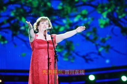《中国达人秀》第二季落幕 苏珊大妈精彩献唱