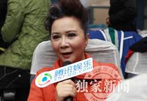 蔡明向腾讯网友拜年