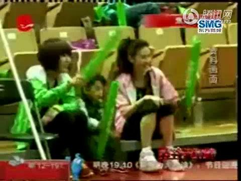 视频:张柏芝临盆在即 姐姐代为照顾Lucas