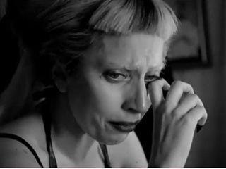 Lady GaGa崩溃痛哭照曝光 称自己是失败者(图)