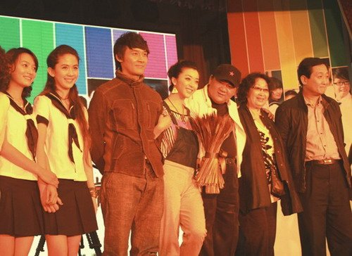 《非常90后》上海电视节受追捧 预计年底播出