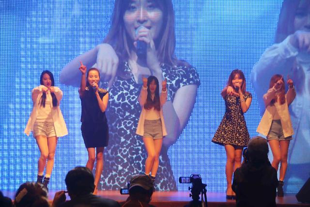 许千千赴邀韩参加K-POP演唱会 献唱《BiLiLi》