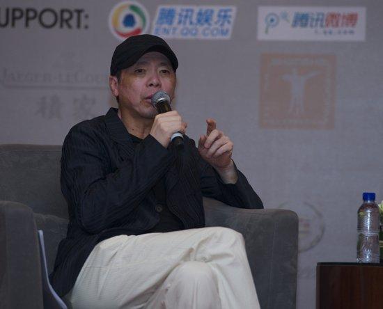 上影节电影大师班第一场:冯小刚对话吴宇森