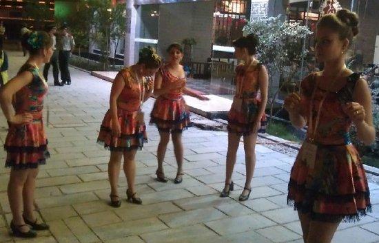 张家界国际乡村音乐节落幕 外国乐队流连忘返